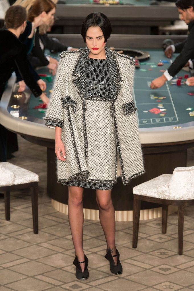 Chanel+Fall+2015+IDsetters (6)