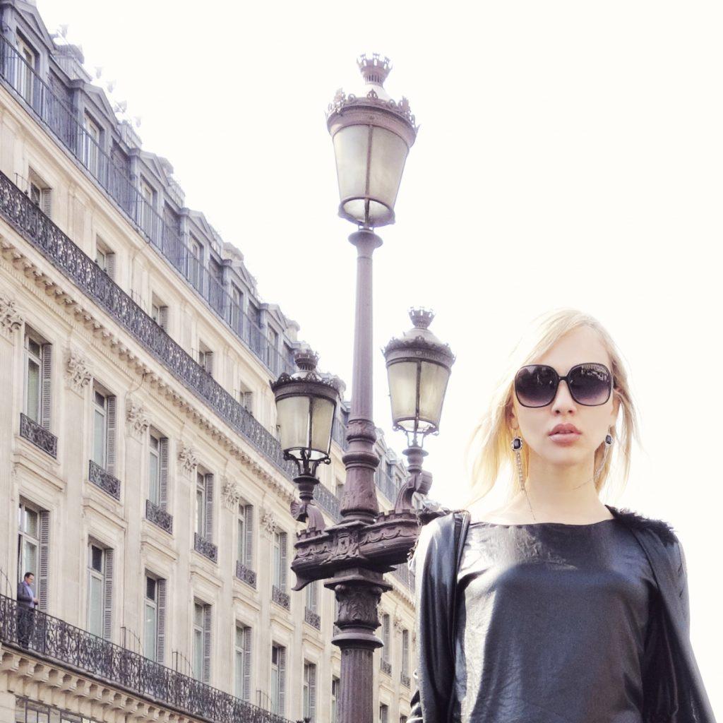 como usar brilho noite e dia em Paris (3)