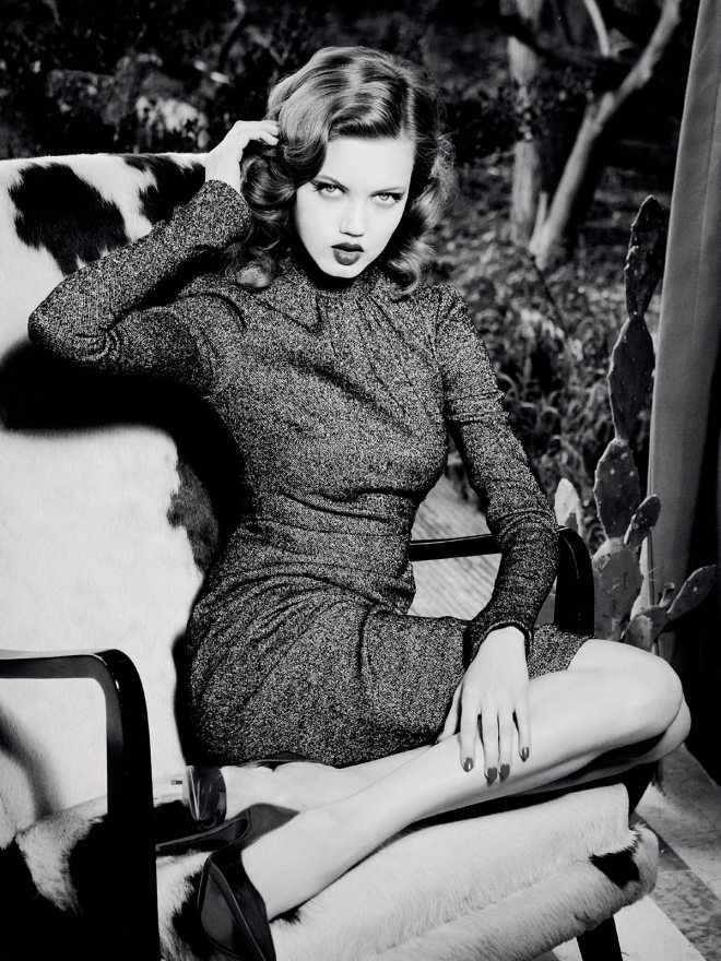 lindsey wixson by ellen von unwerth for vogue russia july 2015 IDsetters (8)