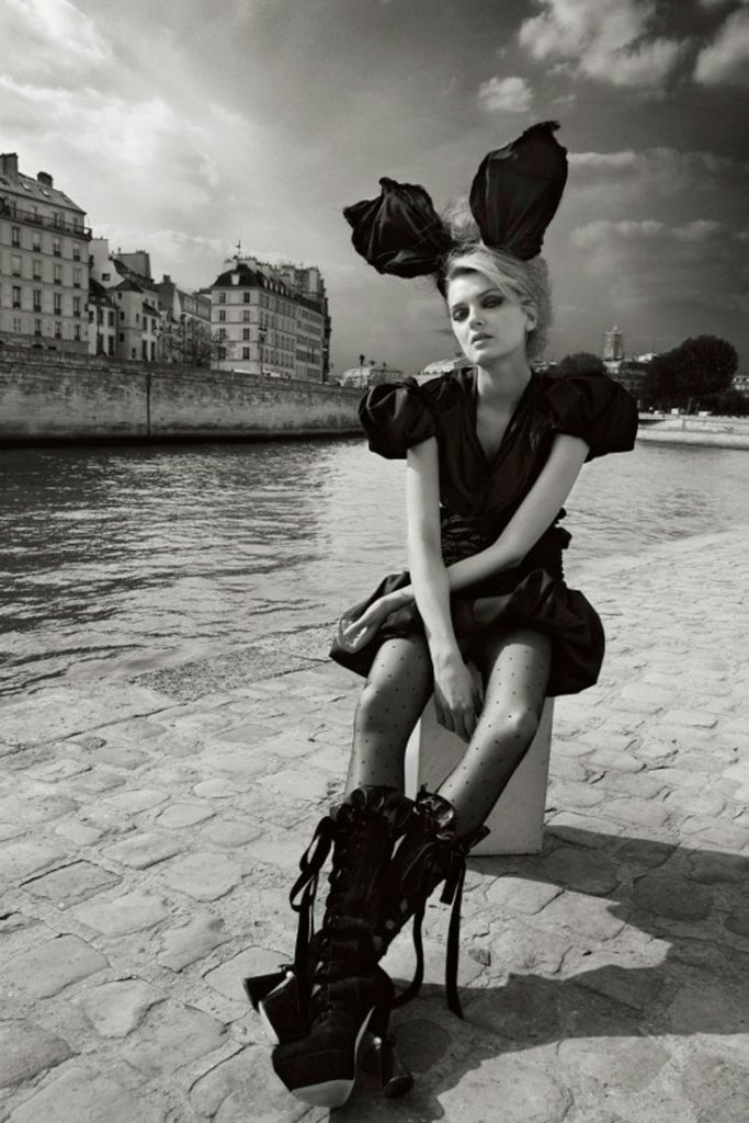Lily Donaldson in Louis Vuitton by Patrick Demarchelier for Vogue China November 2009