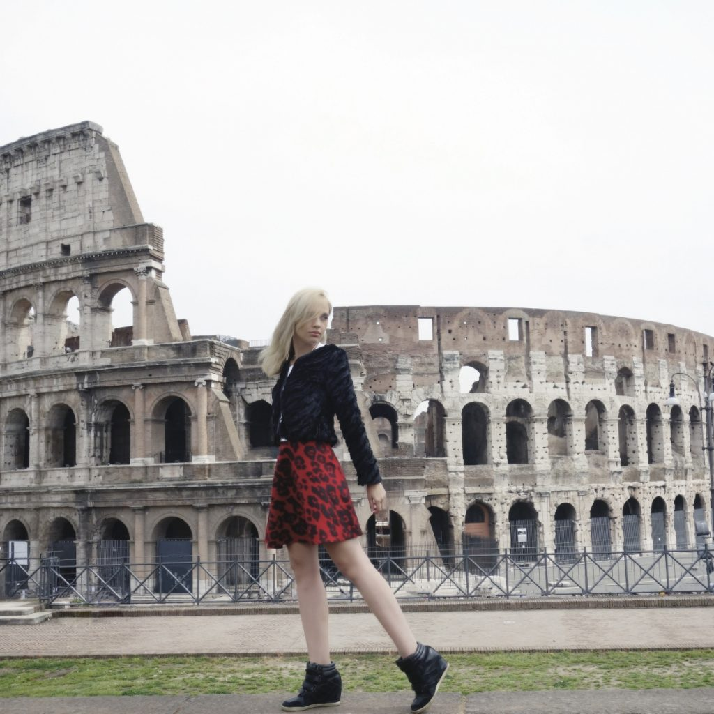 editorial de moda em roma no coliseu 1