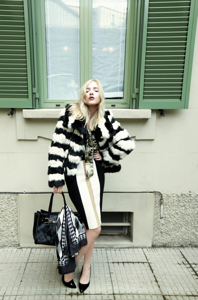 look 3 lurex, lace shirt and fur coat (3)