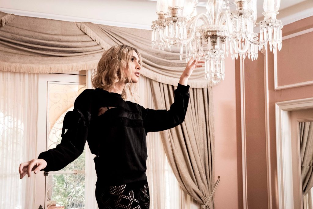 natalie-alexander-sweatshirts-look-1-2