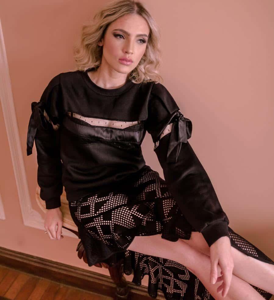 natalie-alexander-sweatshirts-look-1-4